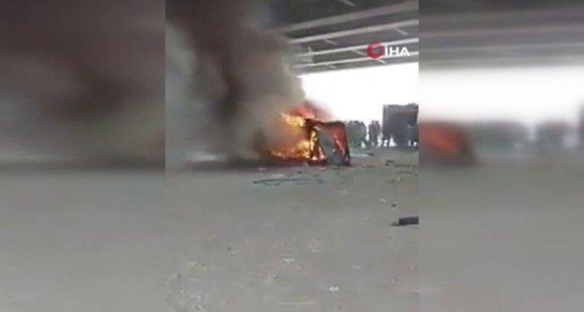 Mısır'da minibüs alev topuna döndü: 5 ölü, 7 yaralı