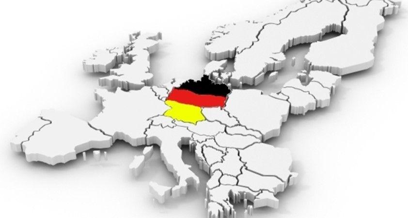 Almanya, Çekya ve Lüksemburg'a seyahat uyarısı yayınladı