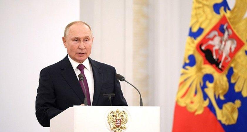 Putin: Rusya, Avrupa'ya Soğuk Savaş döneminde bile gaz tedarik etti