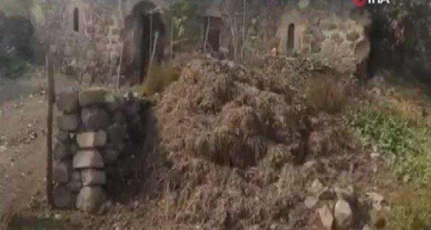 Ermenistan Gubadlı'da tarihi camiyi domuz ahırına çevirmiş