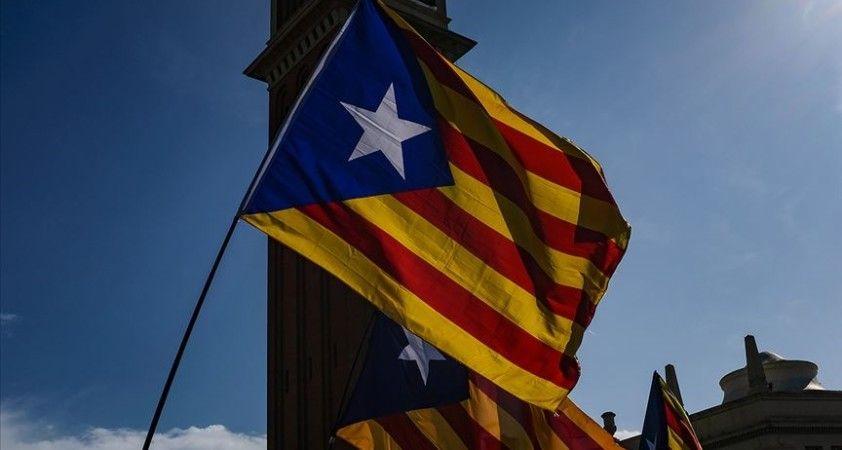 Katalonya'da ayrılıkçı partiler erken seçimi önlemek için koalisyon hükümetinde anlaştı