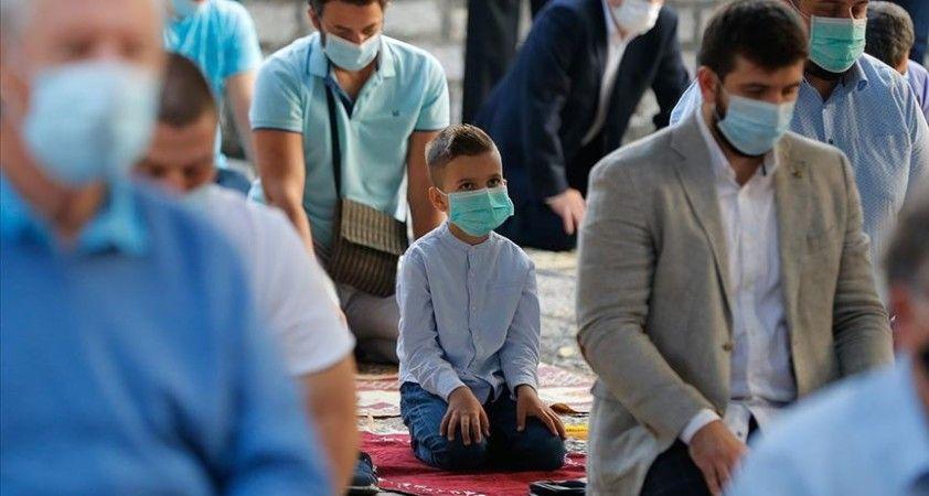 Müslümanlar Kurban Bayramı'na Kovid-19 gölgesinde girdi