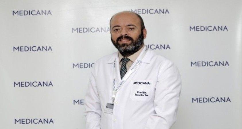 Medikal Onkoloji Uzmanı Prof. Dr. İbrahim Tek 'ten kanser hastalarına uyarı: