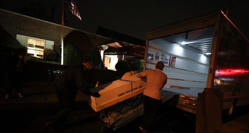 ABD'de Kovid-19 salgınında son 24 saatte 366 kişi hayatını kaybetti