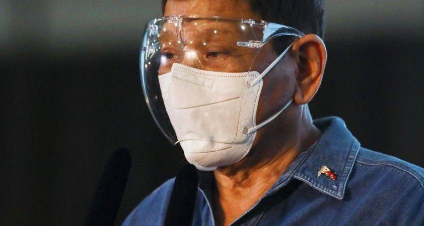 Filipinler Devlet Başkanı Duterte: 'Siyaseti bırakıyorum'