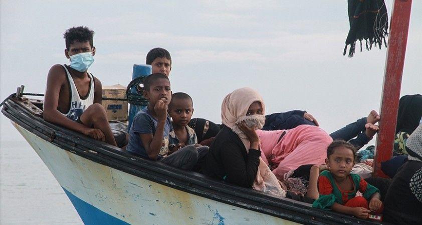 BM Mülteciler Yüksek Komiserliğinden Andaman Denizi'nde mahsur kalan Arakanlıların kurtarılması için çağrı