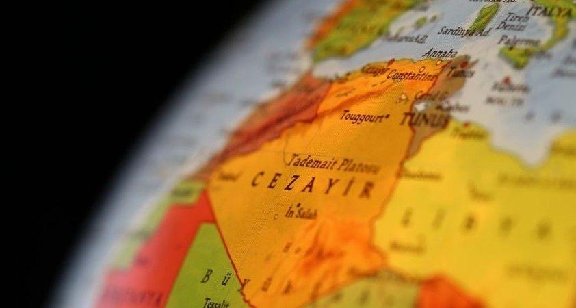 Cezayir Fas ile diplomatik ilişkilerini kesti