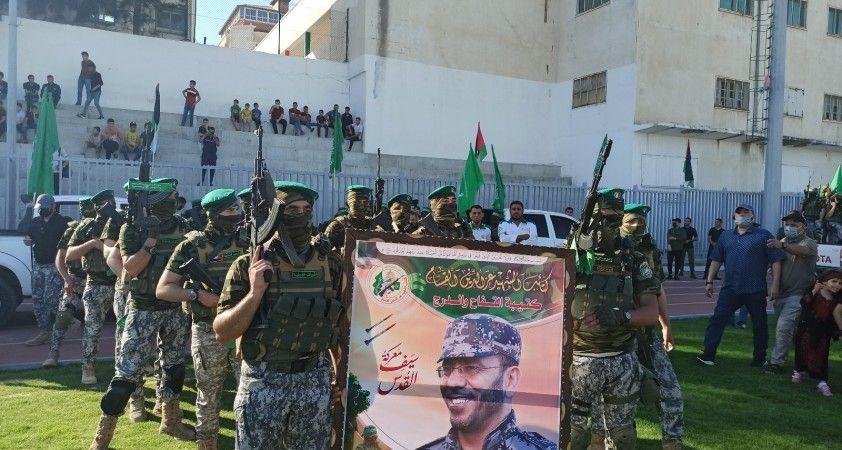 Hamas, Gazze Şeridi'nde hayatını kaybedenler adına toplu anma töreni düzenledi