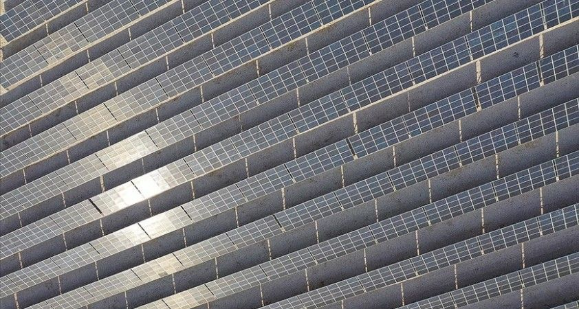 Küresel enerji yatırımları bu yıl 1,9 trilyon doları bulacak