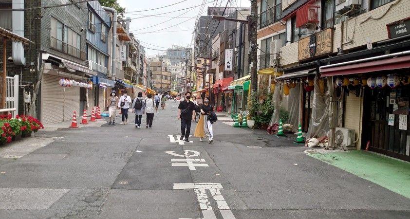 Japonya'dan yeni Covid-19 tedbiri: Karantinayı ihlal edenlerin isimleri ifşa edilecek