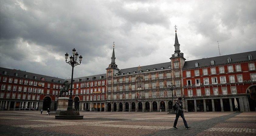 İspanya'da Kovid-19 nedeniyle can kaybı 23 bin 822'ye yükseldi
