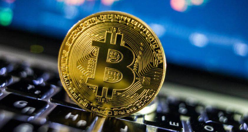 Ünlü kripto para uzmanı: Bitcoin 250 bin dolara çıkıp çökecek