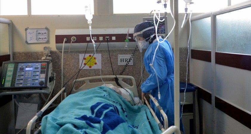 İran'da son 24 saatte Kovid-19'dan 81 kişi hayatını kaybetti