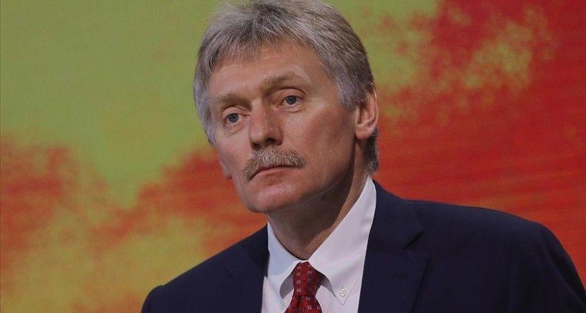 Kremlin Sözcüsü Peskov: AB ve ABD'den yaptırımlarla ilgili açıklamalar manyakça ve ısrarla yapılıyor
