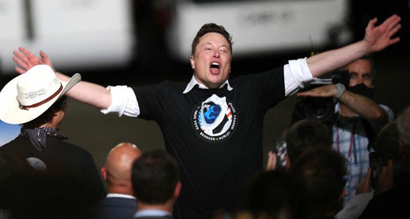 Dünya yörüngesindeki uyduların yüzde 25'i Elon Musk'ın kontrolünde