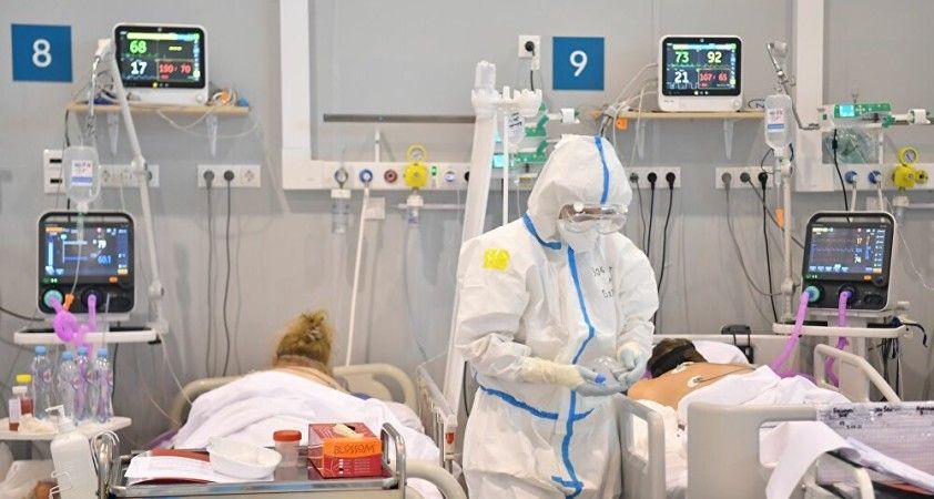 Rusya'da pandeminin başlangıcından beri kaydedilen en yüksek can kaybı