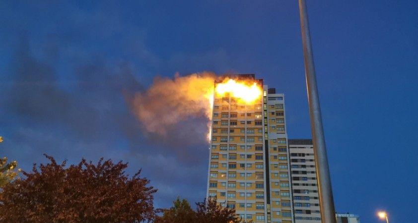Madrid'de 20 katlı binada korkutan yangın