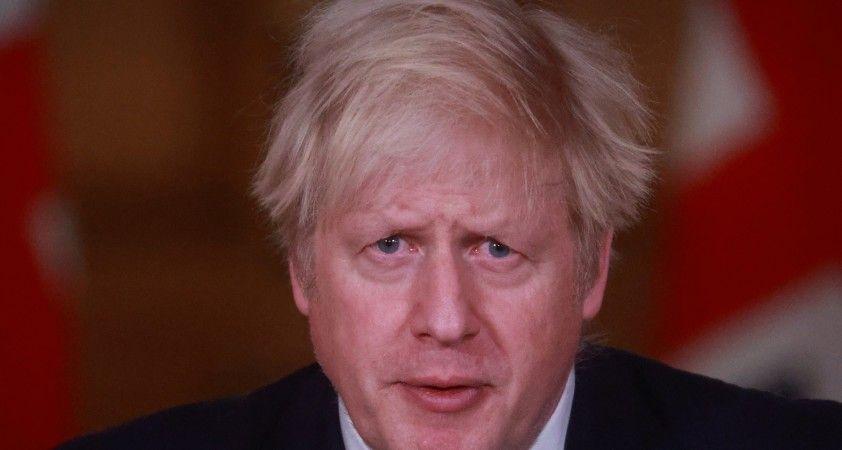 İngiltere Başbakanı Johnson: Ükede Kovid-19 aşısı yapılanların sayısı 1.3 milyona çıktı