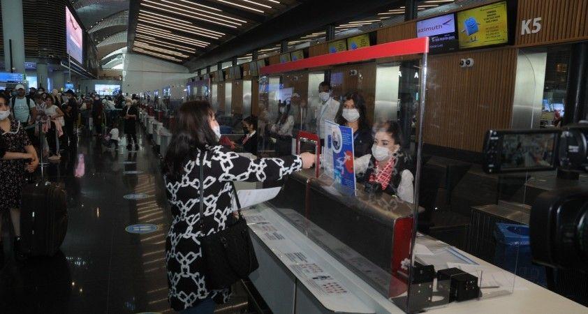 Rus Havayolu şirketleri Türkiye seferlerini artırıyor
