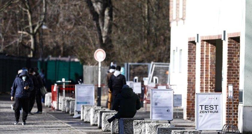 Almanya Sağlık Bakanı Spahn: Yoğun bakımdaki Kovid-19 hastası sayısı çok hızlı artıyor