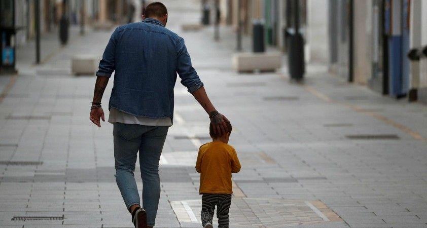 İspanya'da şiddet geçmişi olan ebeveynler, vekaletinde olmayan çocuklarıyla görüşemeyecek