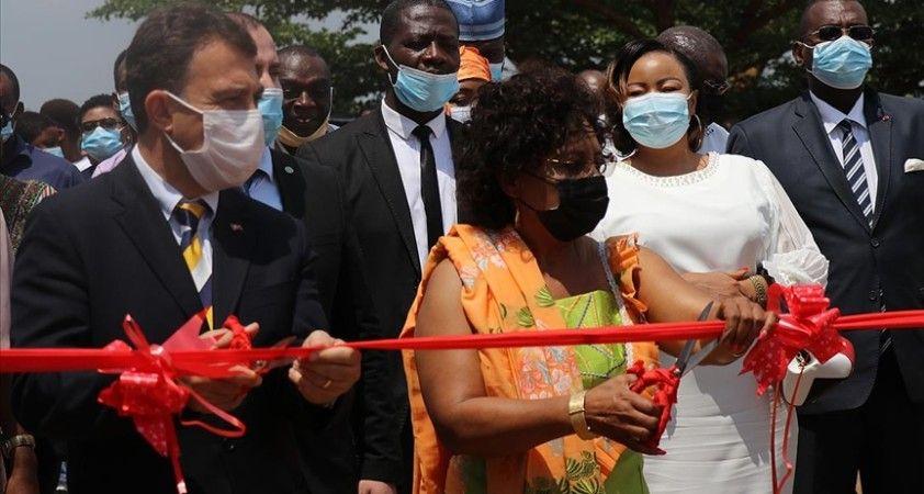 Kamerun'da Türkiye Maarif Vakfı, bilim ve kültür şenliği düzenledi