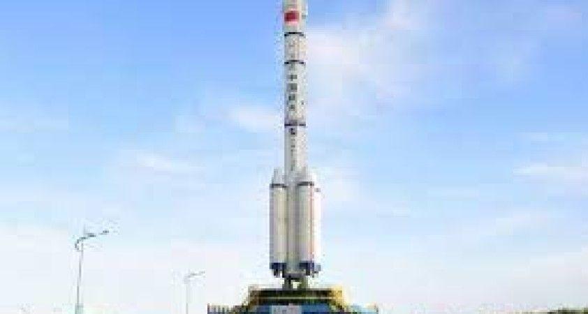 Çin'in insanlı uzay aracı Shenzhou-12'nin bu gece fırlatılması planlanıyor