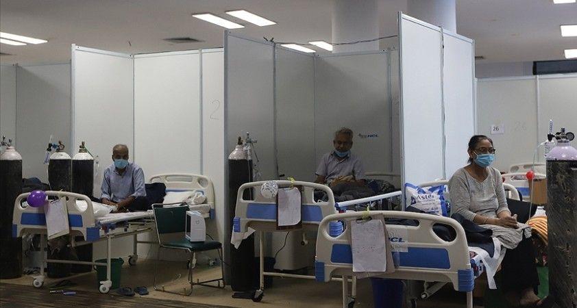 Hindistan'da Kovid-19 salgınında hasta sayısının azalışı sürüyor