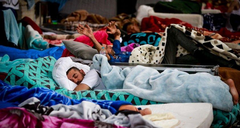 Brüksel'de kaçak göçmenlerin kilisedeki açlık grevi 29. gününü geride bıraktı