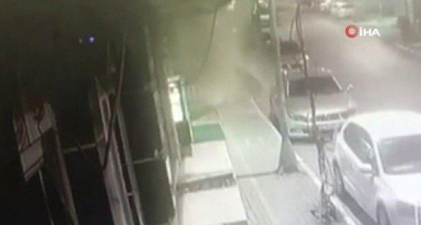 Kudüs'te çalılık alanda korkutan yangın: alevler 50 dönüm alana yayıldı