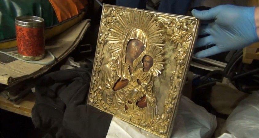 Putin'in kiliseye bağışladığı tarihi eserleri çalan hırsızlar yakalandı