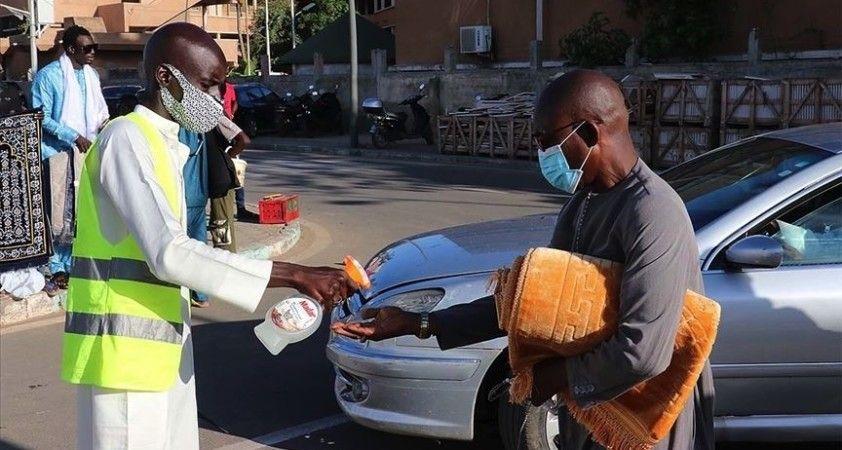 Afrika kıtasında Kovid-19 vaka sayısı 2 milyon 422 bini aştı