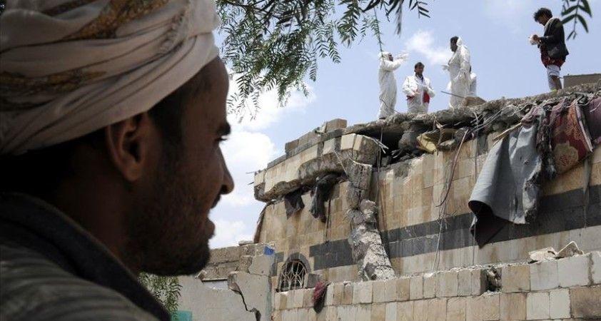 Yemen'de bir ayda 8 bini aşkın kişi evini terk etti