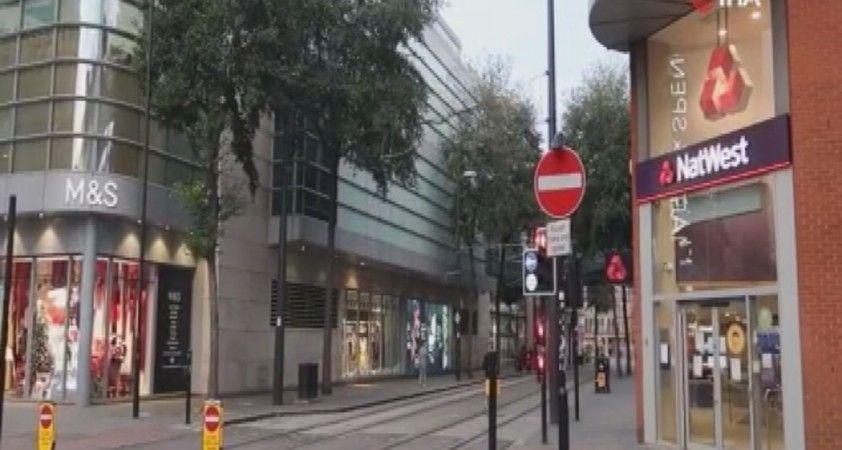 Manchester'da maç öncesi sokaklar boş kaldı