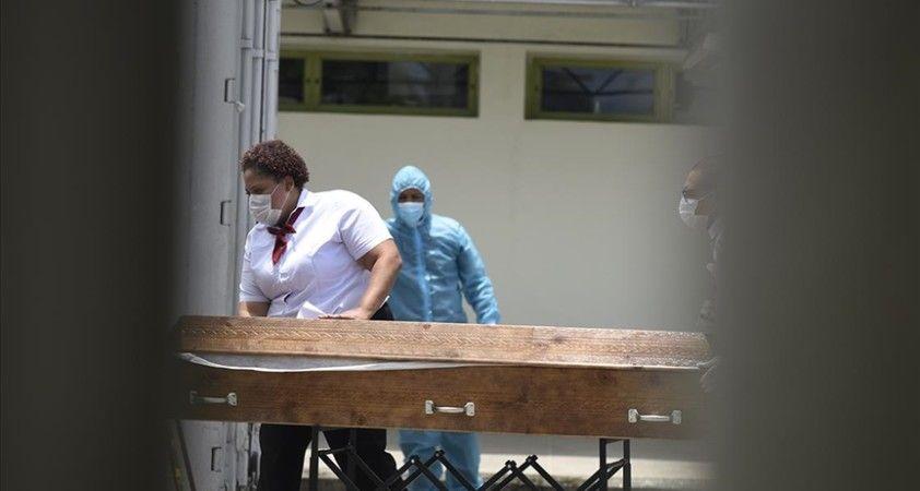 ABD'de Kovid-19 önlemleri karşıtı mitinglerin organizatörü 30 yaşındaki Wallace Kovid-19'dan öldü