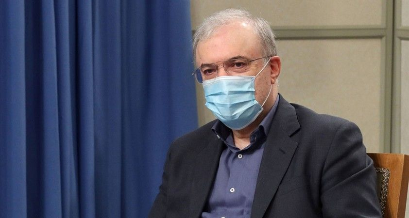 İran, ABD'yi Kovid-19 aşısı satın alma çabalarını engellemekle suçluyor