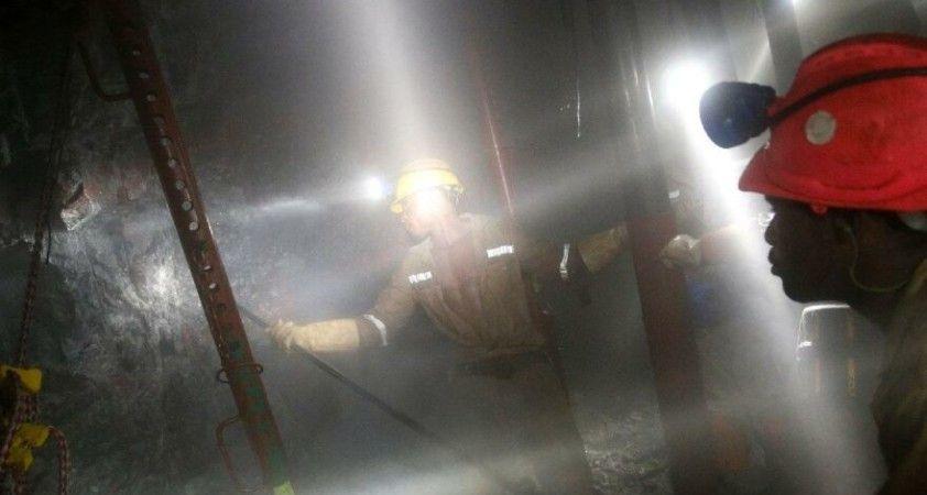 Peru'da madencileri taşıyan otobüs kaza yaptı: 27 ölü
