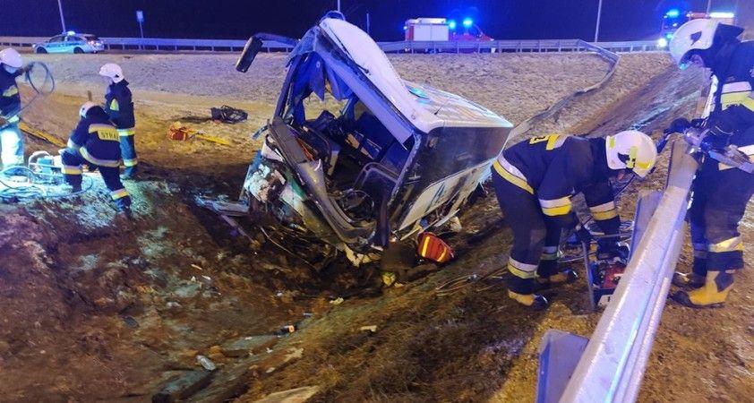 Polonya'da Ukraynalıları taşıyan otobüs kaza yaptı: 1 ölü, 4 yaralı