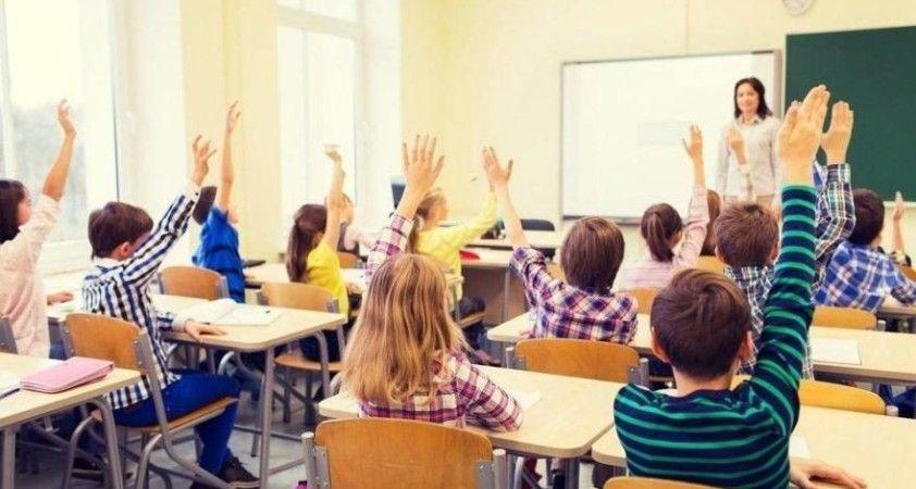 DSÖ'den okulların açılmasıyla Avrupa'nın 'çetrefilli bir döneme' girdiği uyarısı