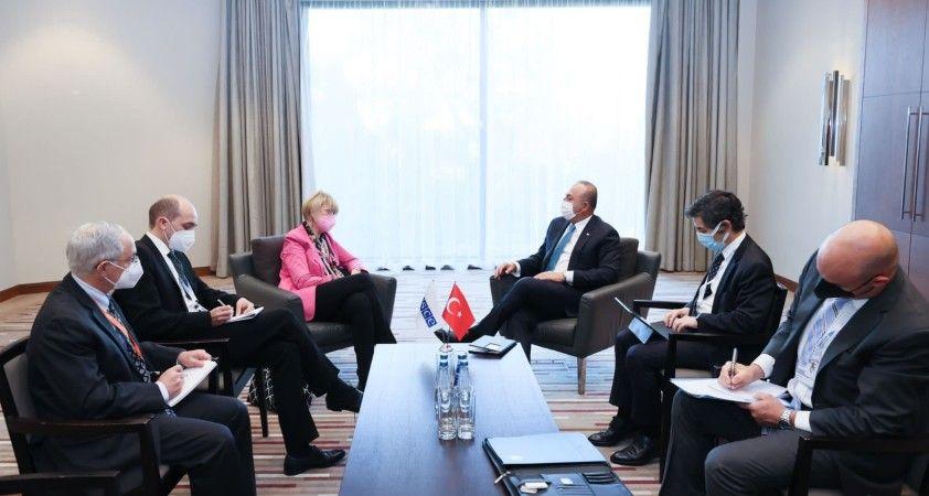 Bakan Çavuşoğlu, AGİT Genel Sekreteri Helga Schmid ile görüştü