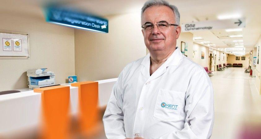 """Perinatoloji Uzmanı Prof. Dr. Namık Demir: """"Tereddüt etmeyin, aşı olun"""""""