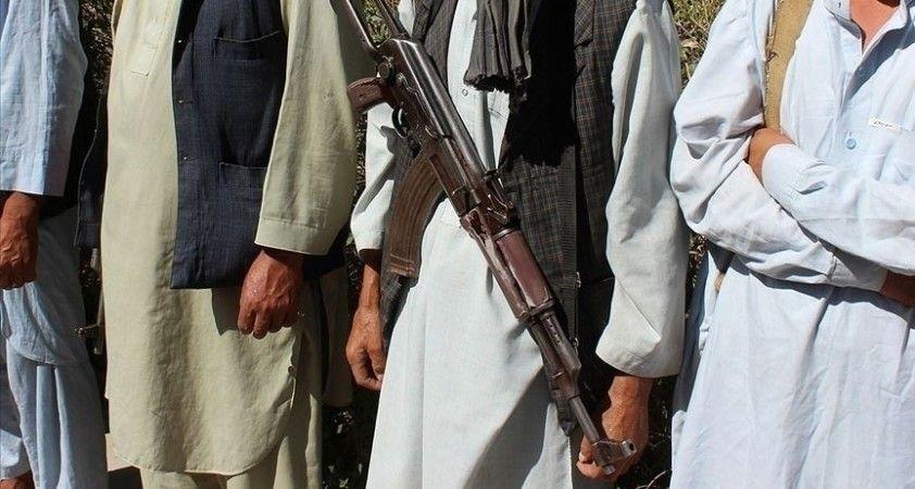 Afganistan'ın kuzeyinde 1 ilçe Taliban'ın kontrolüne geçti
