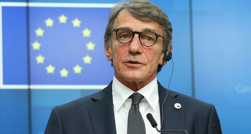 AP Başkanı Sassoli: 'Koronavirüs karşısında demokrasi askıya alınamaz'