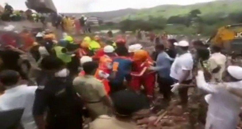 Çöken binadan 19 saat sonra kurtarıldı
