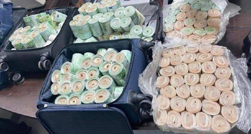 Libya'da döviz kaçakçılarına darbe: 4 milyon euro ele geçirildi