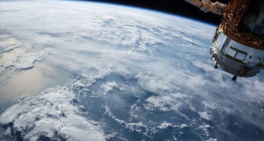 Çin 9 ticari uyduyu yörüngeye yolladı