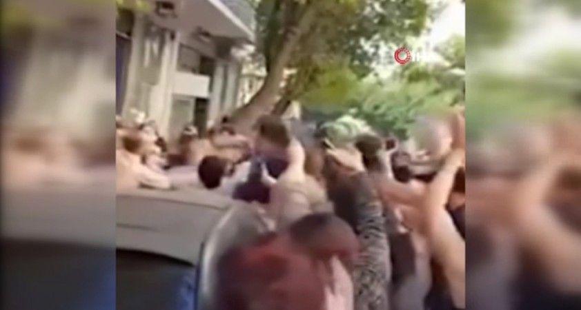 Eski Gürcistan Devlet Başkanı Saakashvili'ye Atina'da yumruklu saldırı