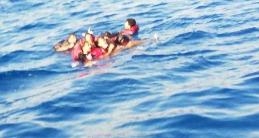 Tunus'ta yasadışı göçmenlerin teknesi battı: En az 21 ölü