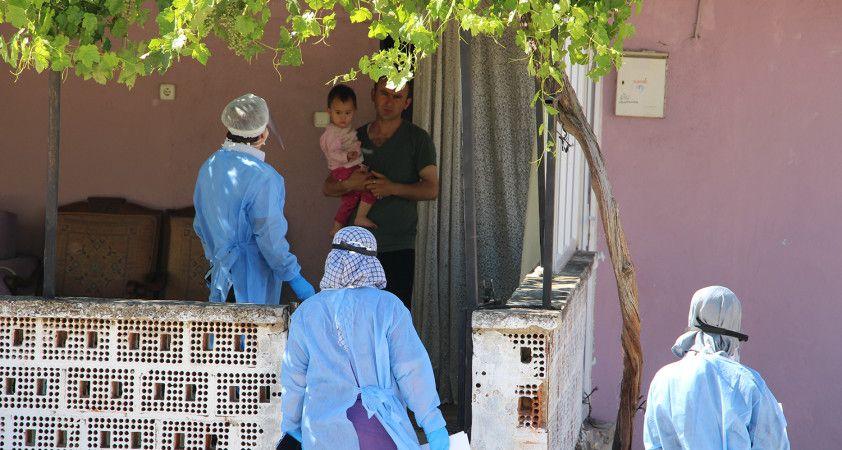 Cenaze sonrası pozitif vaka görülen mahallede filyasyon çalışmaları sürüyor