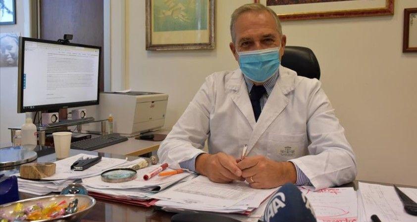 Salgında vaka eğrisinin düşüşe geçtiği İtalya'da aşılar büyük umut olarak görülüyor